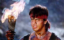 Koyla, Shahrukh with torch
